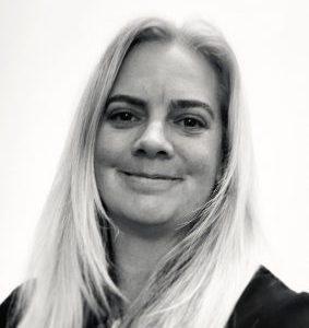 Ms Karen Larmer